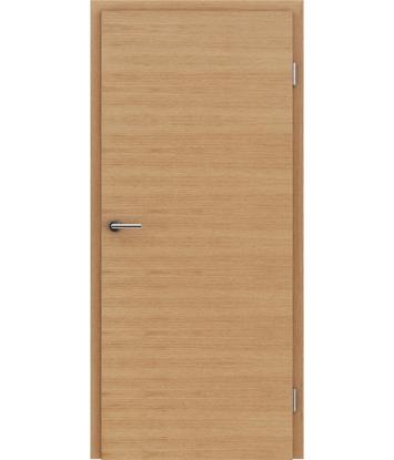 Furnierte Innentür mit einer Kombination aus längs- und/oder querverlaufenden Strukturen VIVACEline – F4 europäische Eiche geölt