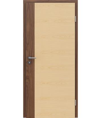 furnirana notranja vrata s kombinirano pokončno in prečno strukturo VIVACEline - F5 oreh vstavek javor