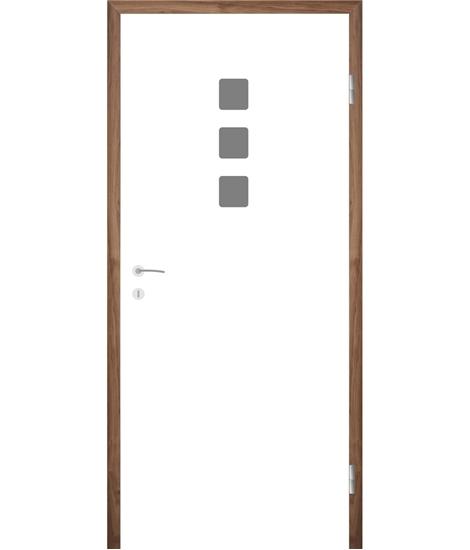 Weißlackierte Innentür mit Rillenfräsungen COLORline – MODENA + R26L