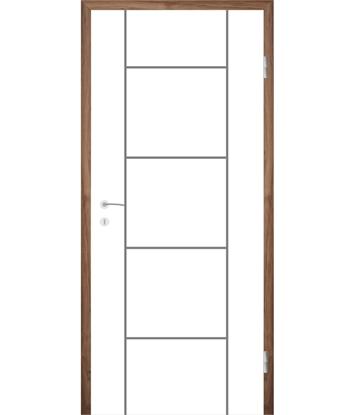 Weißlackierte Innentür mit Rillenfräsungen COLORline – MODENA R5L